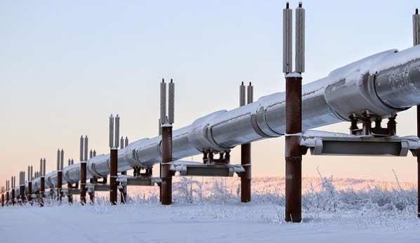 Trans-Alaska Pipeline in winter